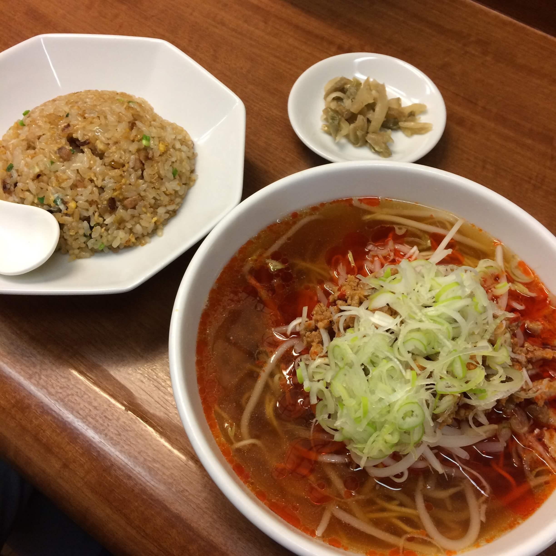 担々麺と焼飯