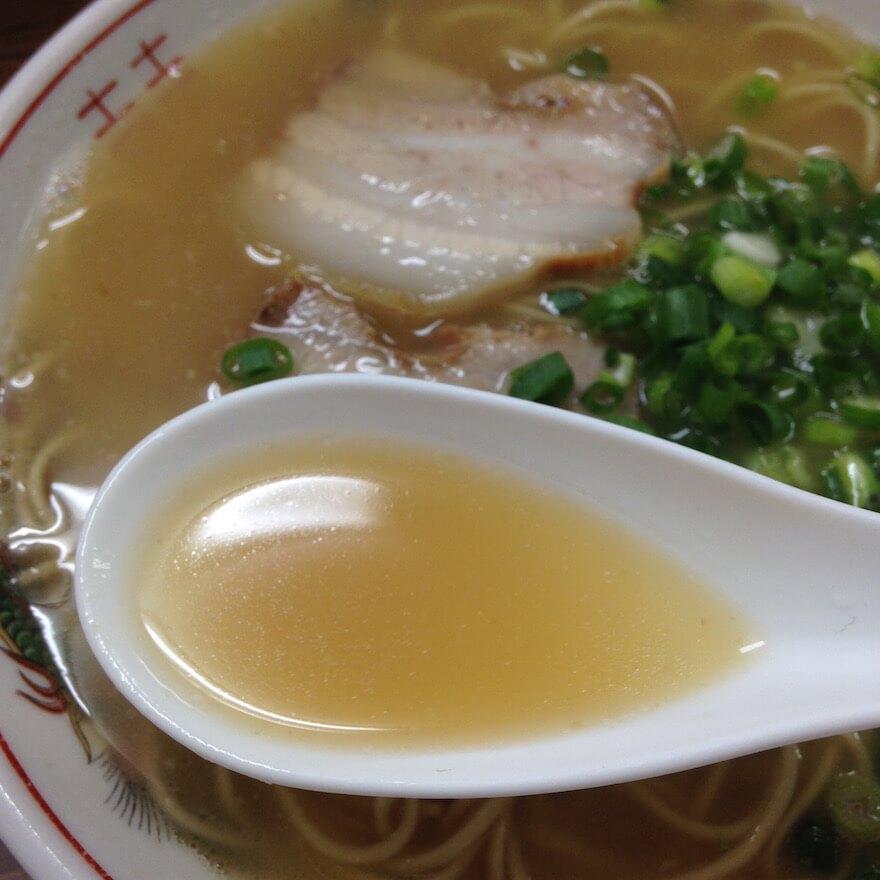 白龍ラーメンのスープ